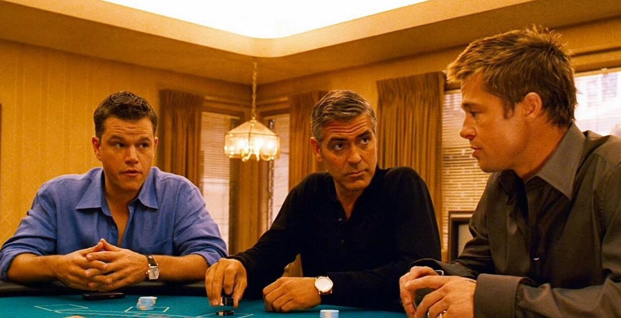 George Clooney, Brad Pitt e Matt Daemon al tavolo da gioco